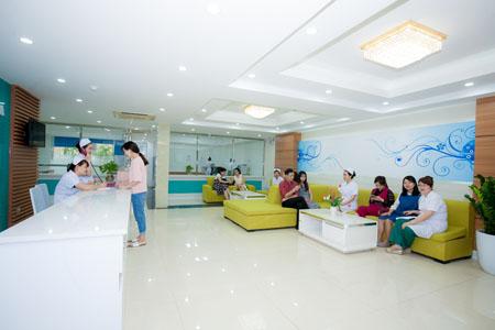 Khám và điều trị rụng tóc ở đâu tốt tại Hà Nội?