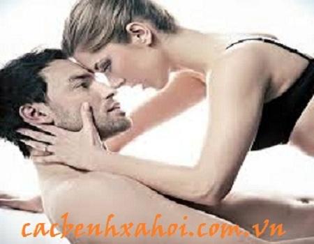 Quan hệ tình dục là nguyên nhân chủ yếu gây bệnh sùi mào gà