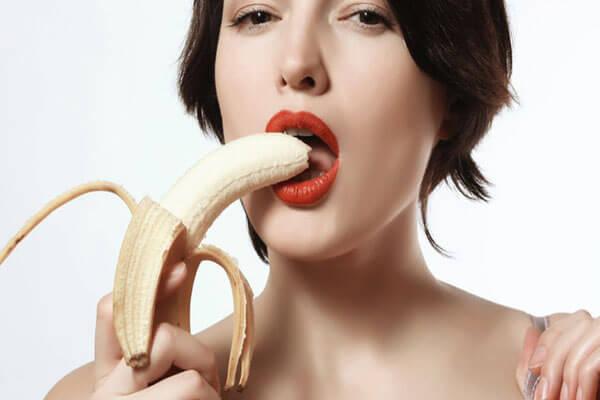 Quan hệ tình dục bằng miệng là như thế nào, có lây bệnh không?